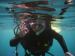 DIVING EQUIPMENT: HOW TO CHOOSE THE RIGHT WETSUIT FOR DIVING